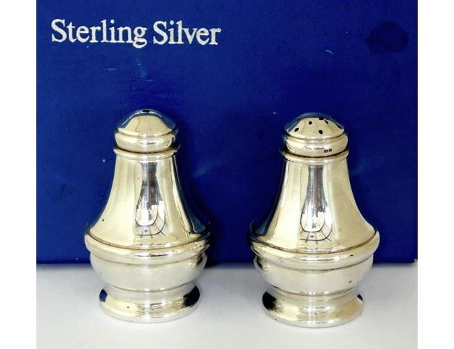 Sterling Silver Cruet Set Salt/Pepper Pots by  M.Kamin. 20thc.