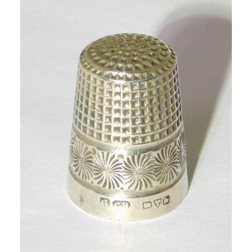 Sterling Silver Charles Horner  Size 6  Thimble. Circa 1922.
