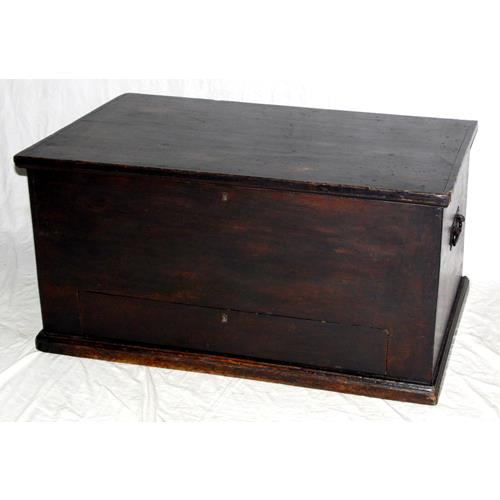 Georgian Pine Mule Chest .Early 1800s.