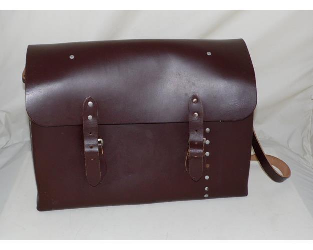 Vintage British Rail Driver/Guards Leather  Shoulder Carrying Bag/Case. 20thc.