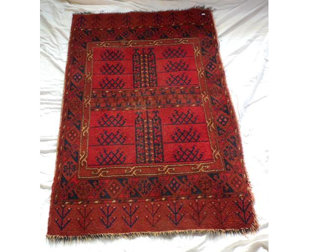 Antique Red Turkish Rug 145 x 92 cm