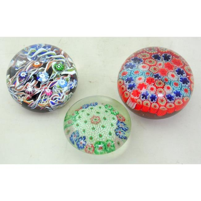 Paul Ysart Glass Paperweights