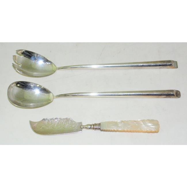 A Will IV Silver And Mother Of Pearl Butter Knife