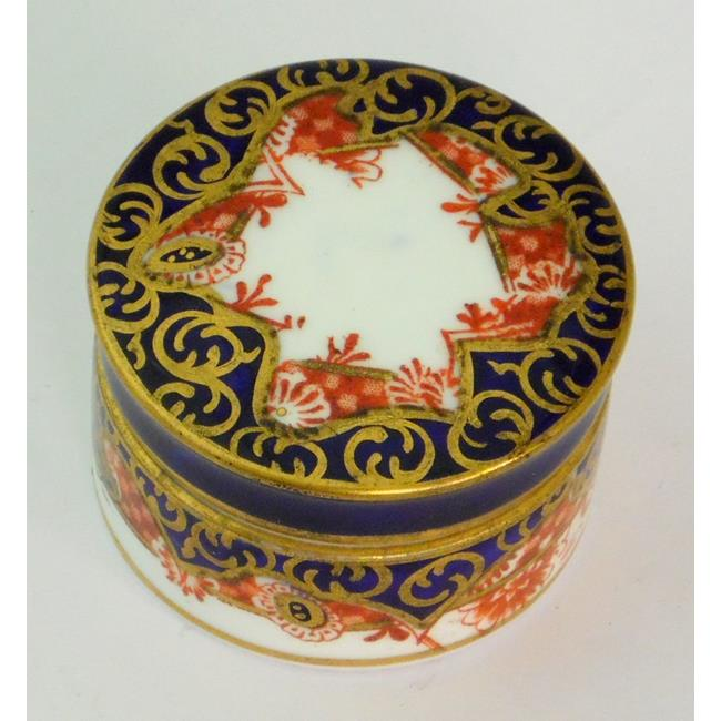 Edwardian Royal Crown Derby Imari Patch Box.c1903