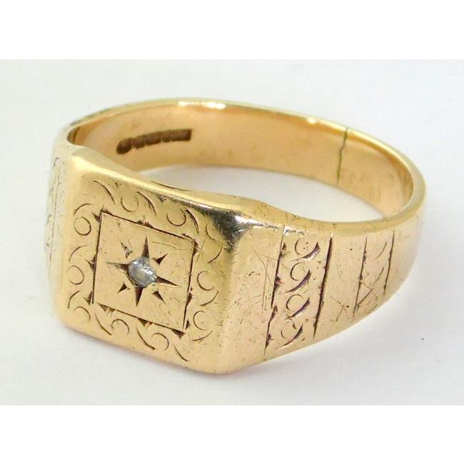 9ct Yellow Gold Mens Diamond Signet Ring.