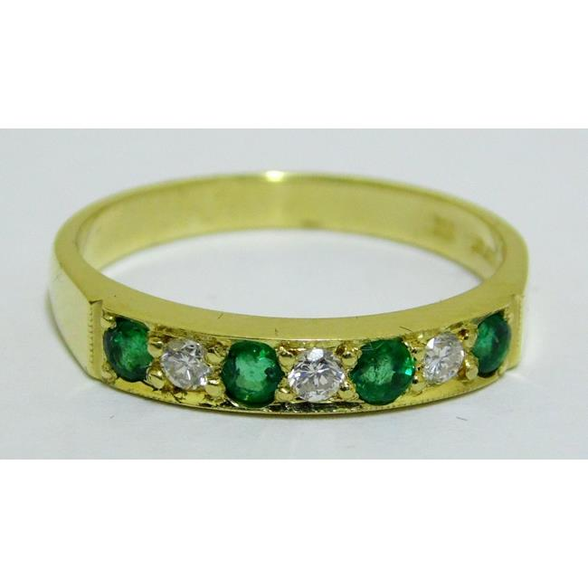 Good 18ct Yellow Gold Emerald and Diamond Ring