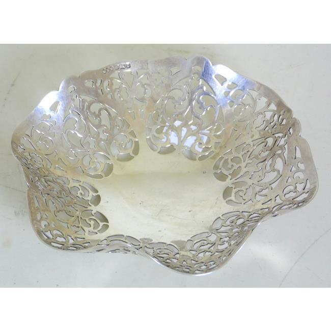 Sterling Silver Octagonal Pierced Bon-Bon Dish
