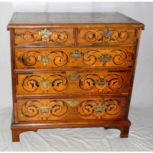 A William and Mary Walnut Chest of Drawers.1690s
