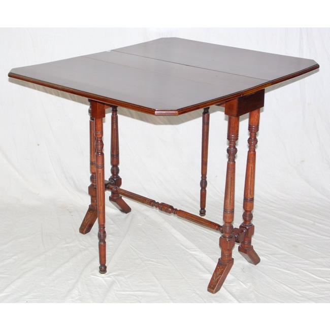 Victorian Walnut Sutherland Table.19th Century.