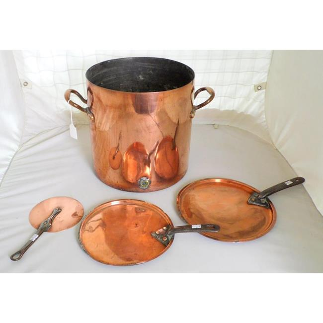 Large Antique Copper Cooking Pot. 3 x Pan Lids