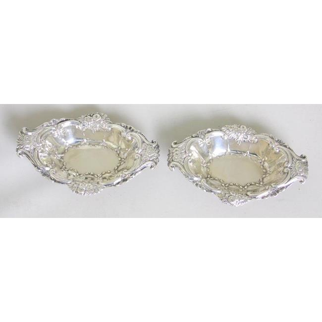 Sterling Silver Pair of Trinket Dishes c.1903.