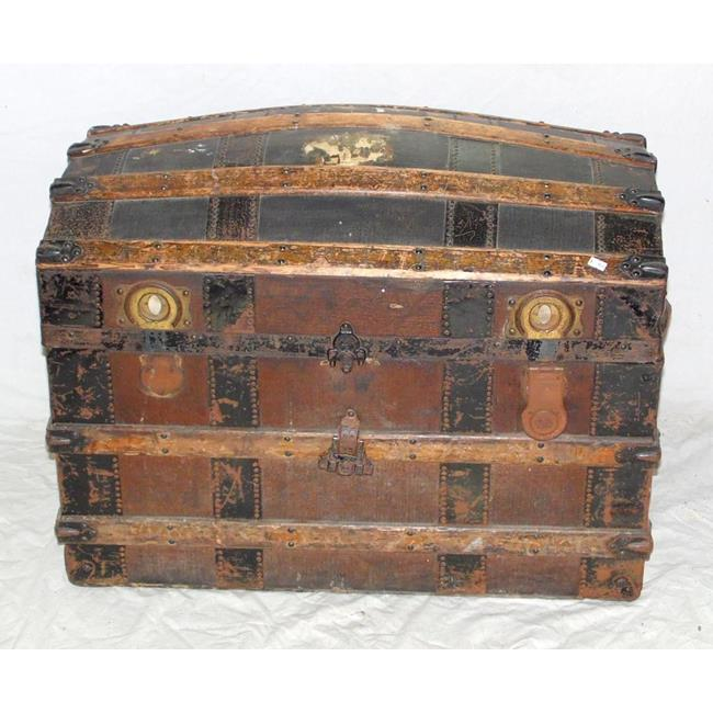 Antique Dome Top Steamer Trunk. Late 19thc.