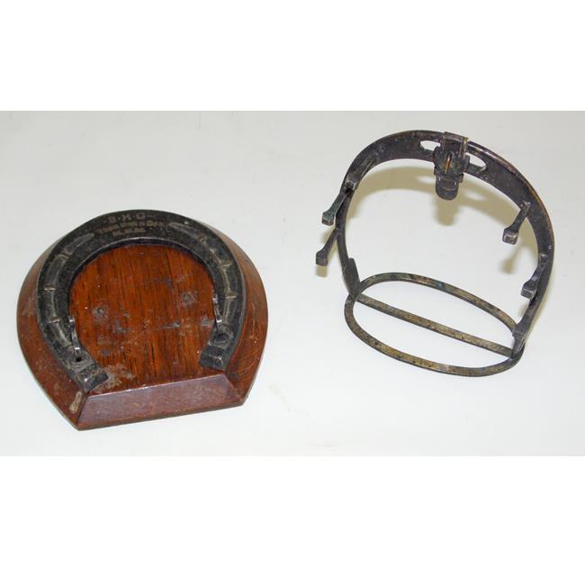 EPNS Equestrian Horse Shoe Pen Stands