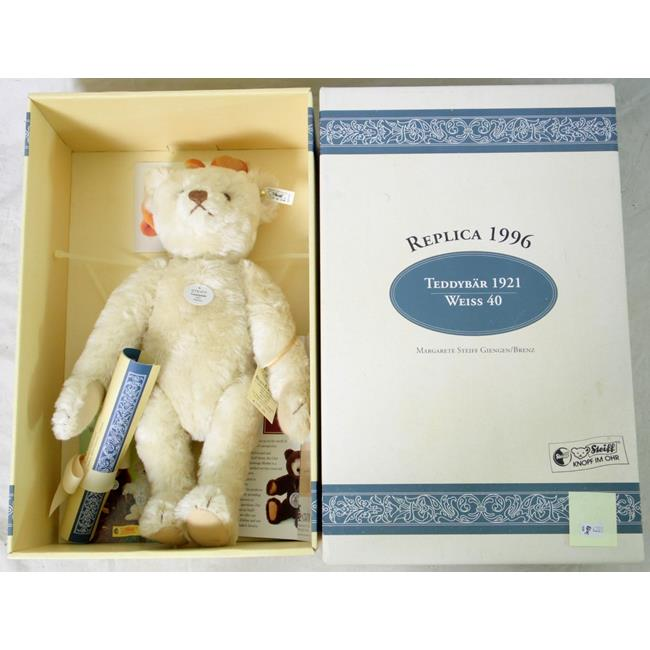 Steiff  Teddy Bear 1921 White 40 Limited Edition
