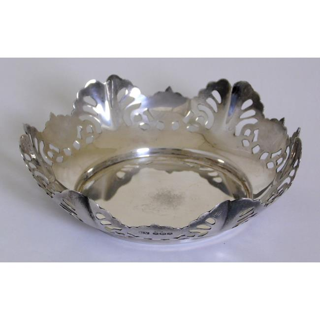 Viner's Sterling Silver Pierced Trinket Dish.